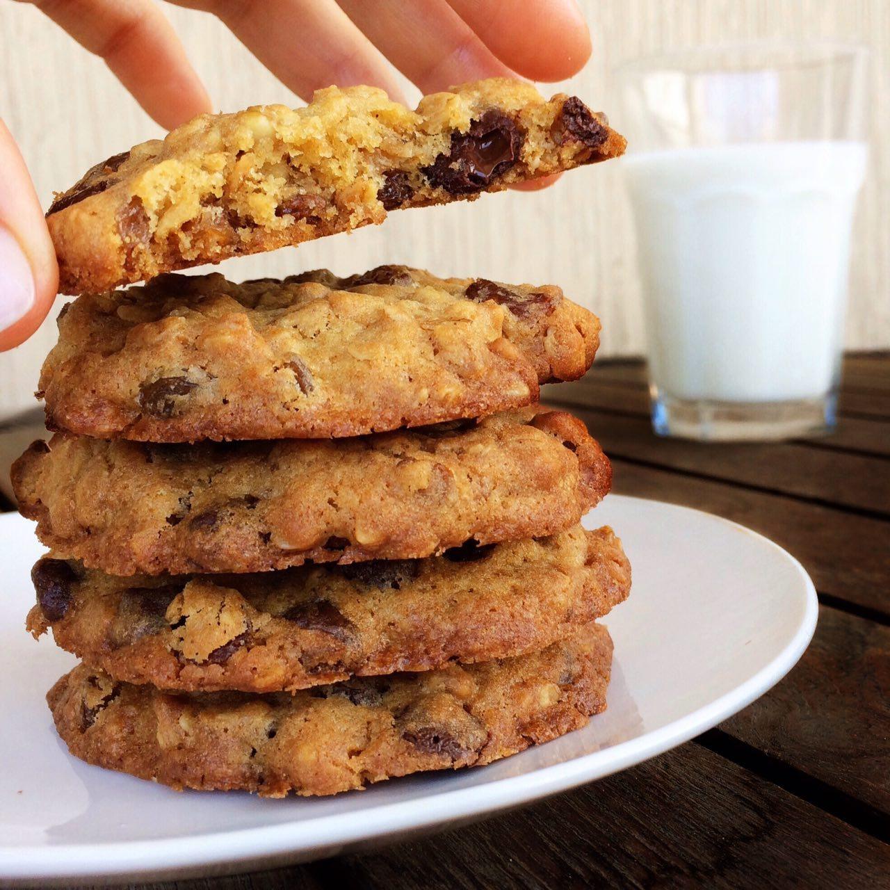 Овсяные печеньки с гранолой