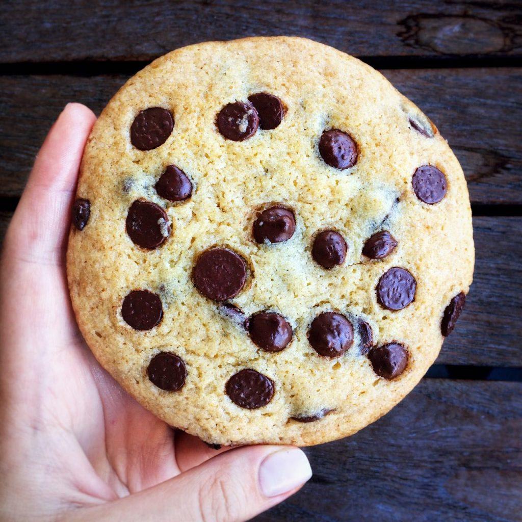 Американские жевательные печеньки с шоколадом